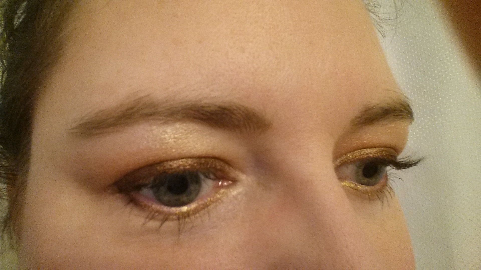 Heart Of Gold Eye Look Angelabees Beauty Blog